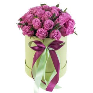 Цветы в коробке «Малиновое пироженное»